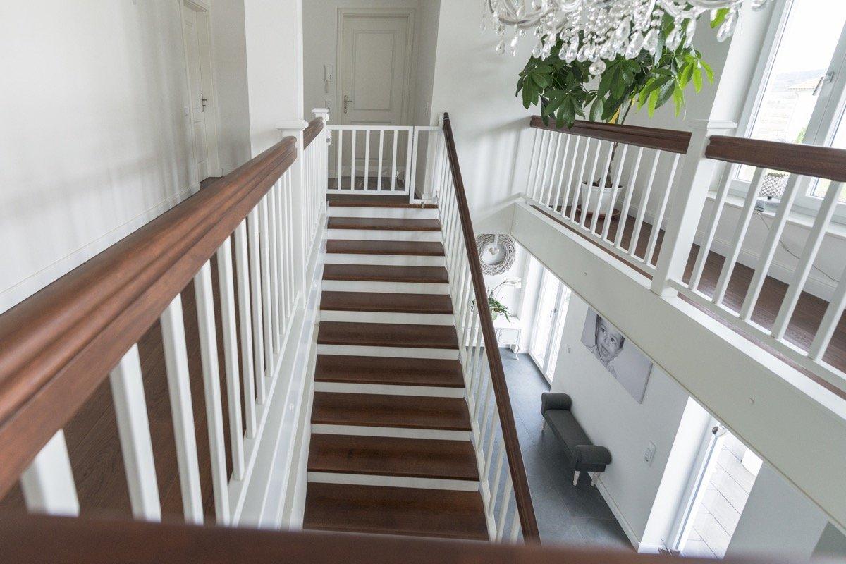 betontreppe mit holz verkleiden swalif. Black Bedroom Furniture Sets. Home Design Ideas