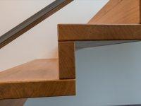 Eiche Stufen und Setzstufen - Pures Faltwerk